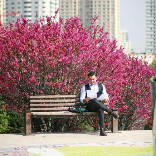 ویدیو جدید علیرضا طلیسچی بنام من همونم